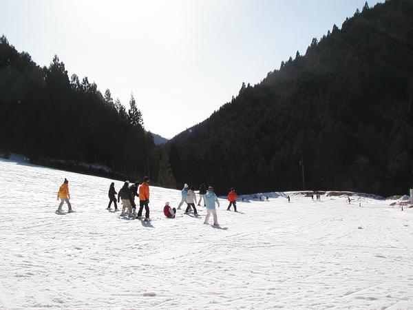 洞川滑雪場