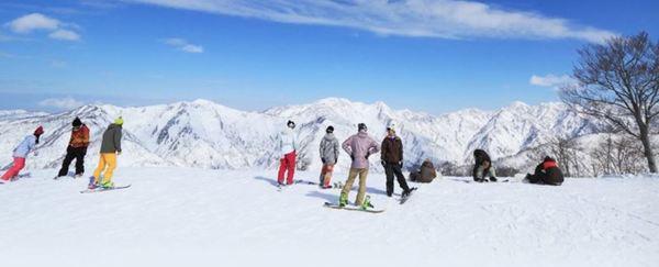 白山SEYMOUR滑雪場